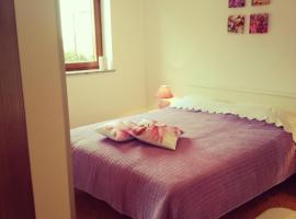 Room Kris with private entrance & private bathroom, Bed & Breakfast in Umag