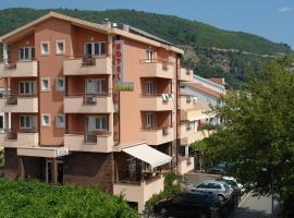 Hotel Fineso, hotel in Budva