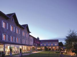 le fort du pre、サン・ボネ・ル・フォワのホテル