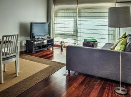 Apartamento Arrabida, hotel near Rato Metro Station, Lisbon