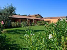 Agriturismo Tre Colline, hotel en Bardolino