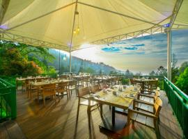 Puncak Pass Resort, holiday park in Puncak