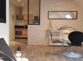 Appartement Rue du Port - Lorient, hôtel à Lorient près de: Lorient Train Station