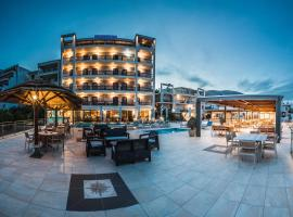 John & George Hotel , ξενοδοχείο στο Τολό