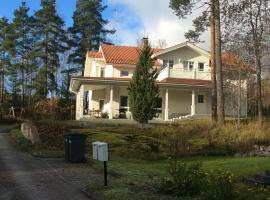 Villa Lakeview Golf Lahti, hotel in Lahti