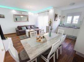 Apartment's Tea & Nevio, hotel in Split