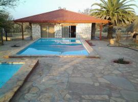 Murangi Travel Lodge, lodge in Windhoek
