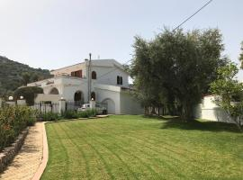 Villa Pylona, country house in vlicha