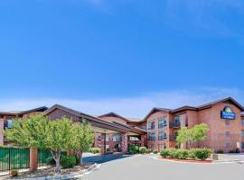 Days Inn & Suites by Wyndham Page Lake Powell, hôtel à Page près de: Lac Powell
