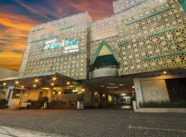 Grand Amira Hotel, hotel in Solo
