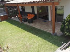 Casa de campo El Cuadro, hotel with pools in Chaclacayo