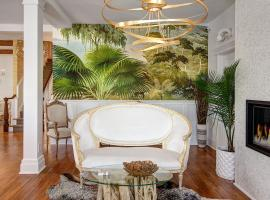 Casablanca, hotel with jacuzzis in Cape May