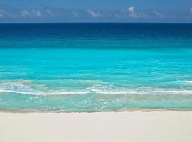 Cocoa Beach - Free Access to the Beach, apartamento en Cancún