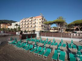 Hotel Palace, отель в Диано-Марина