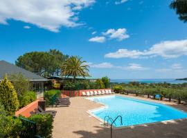 Residence Castell'Verde, serviced apartment in Porto-Vecchio