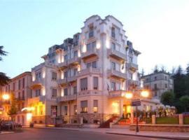Hotel Villa Fiorita, hotel near Parco delle Fiabe, Salsomaggiore Terme