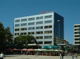 Hotel Dobrudja, hotel in Dobrich