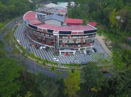 Wayanad Royal Crown, hotel in Kalpetta