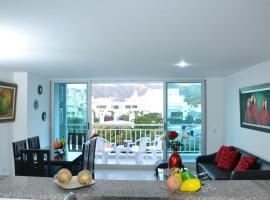 Apartamento en el Rodadero - cerca a Arrecife Mall, hotel cerca de Playa El Rodadero, Santa Marta