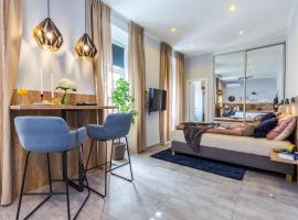Number 1 Deluxe Apartments, luxury hotel in Rijeka