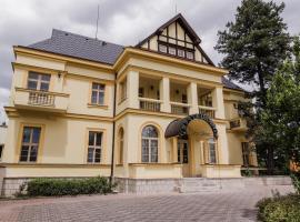 Hotel Palace Cinema, hotel poblíž významného místa Hrad Karlštejn, Jíloviště