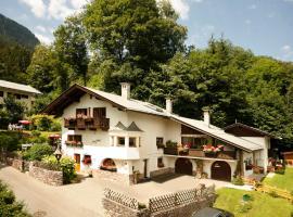 Apartment Haus Schatz, hotel near Hahnenkamm, Kitzbühel