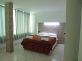 Hostal Fatima, hotel near Segundo Aranda Torres Stadium, Huacho