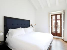 Recoletos House, hotel near National Library of Spain, Madrid
