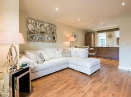 Riverside Retreat - Durham, hotel near University Hospital of North Durham, Durham