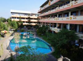 Hotel Surya Indah Batu Malang, hotel in Batu