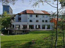 Zug Youth Hostel, Hotel in der Nähe von: Bossard Arena, Zug