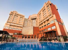 The Suryaa New Delhi, hotel in New Delhi