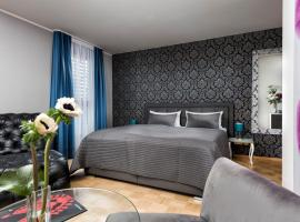 Hotel Ambassador-Berlin Grünau, hotel near Berlin Schönefeld Airport - SXF, Berlin