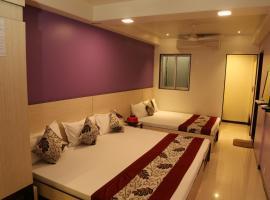 HOTEL MADNI ROYALE (50 Mtrs from Dargaah), Ajmer, hotel near Ana Sagar Lake, Ajmer