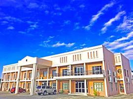 Adansonia Hotel, hotel in Maun