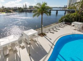 Vibe Hotel Gold Coast, hotel near Tamborine Rainforest Skywalk, Gold Coast