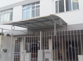Apartamento Próximo à Praia, hotel near Buraco Beach, Balneário Camboriú