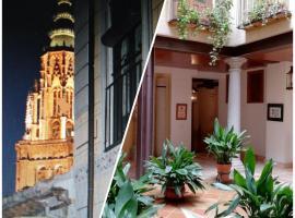 Apartamentos Nuncio Viejo, hotel cerca de Plaza de toros de Toledo, Toledo