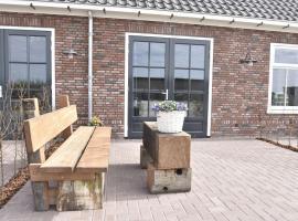 Cozy Holiday Home in Callantsoog near Sea, family hotel in Callantsoog