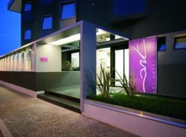 Art Hotel Udine, hotell i Udine
