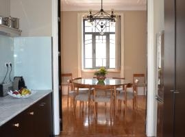 Casamia Villa@ Porto, pet-friendly hotel in Porto
