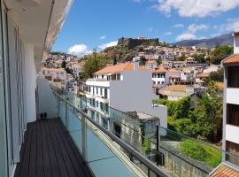 La Vie en Rose@Heart Of Funchal (Free Parking): Funchal'da bir plaj oteli