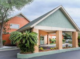 Hawthorn Suites By Wyndham North Charleston, hotel v destinaci Charleston