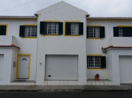 Casa dos Rui´s, hotel in Velas