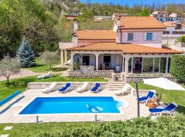 Villa Viva Mare, holiday home in Opatija