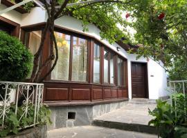 The House With The Piano, частна квартира в Пловдив