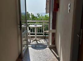 Hotel Kima, hotel in Kamariotissa