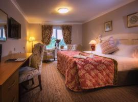 The Inn at Dromoland, hotel in Newmarket on Fergus