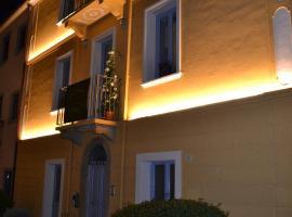 Maison et charme hotel boutique, отель в Ольбии