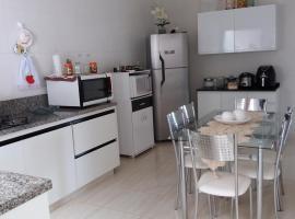 Casa da Adneuza, holiday home in Capitólio